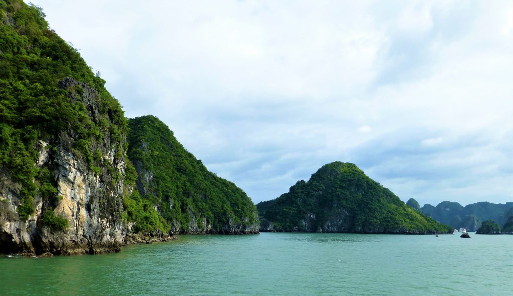 My first trip at Halong Bay & Cat Ba Island, Vietnam