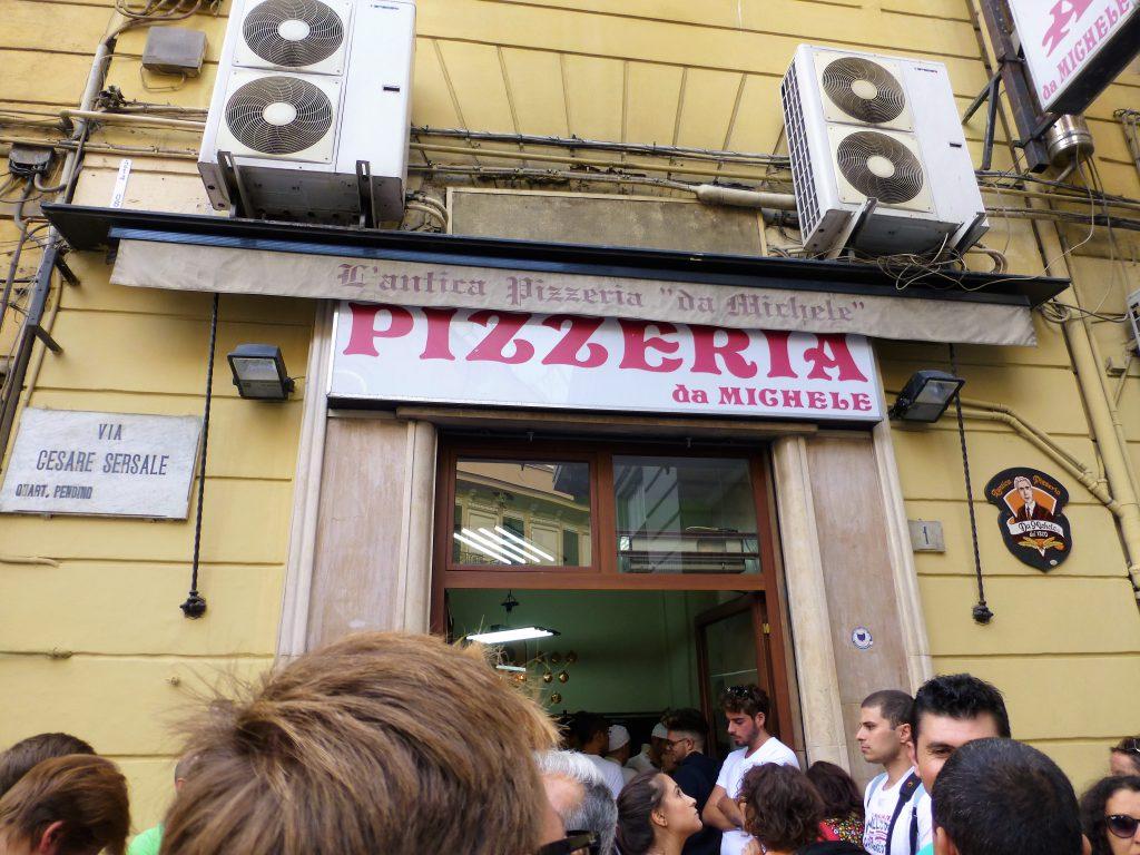 Best Pizza Ever!! L'Antica Pizzeria Da Michele in Napoli
