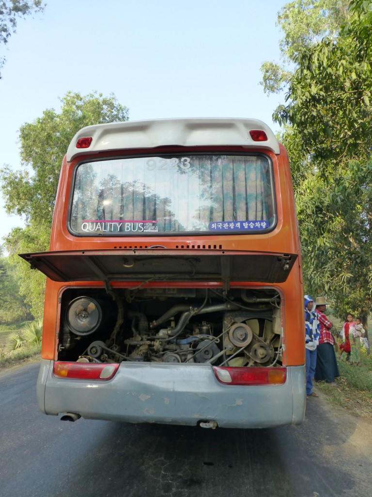 De Lokale Bus in Myanmar