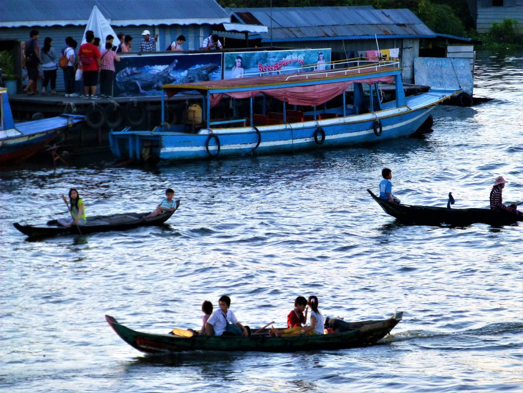 Floating city near Siem Reap - Cambodia