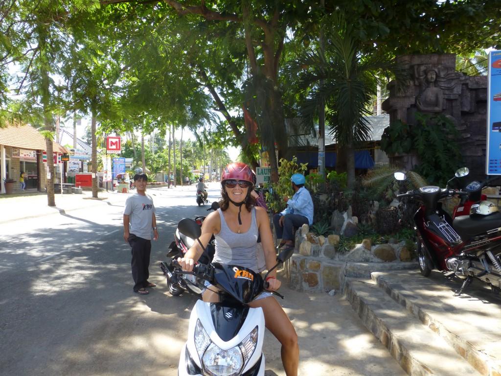 Driving Mui Ne, Vietnam