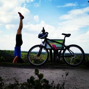 Headstand and Mountainbike - Yoga