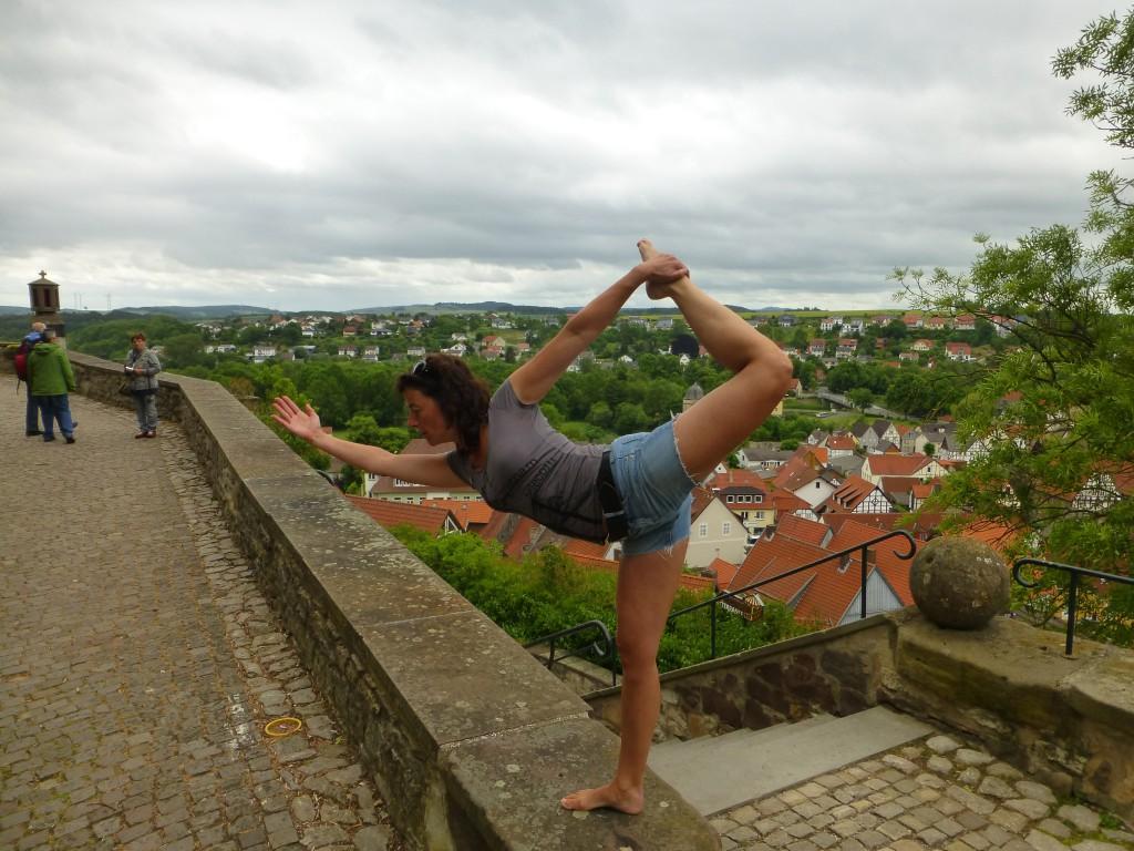 Yoga Pose Warburg