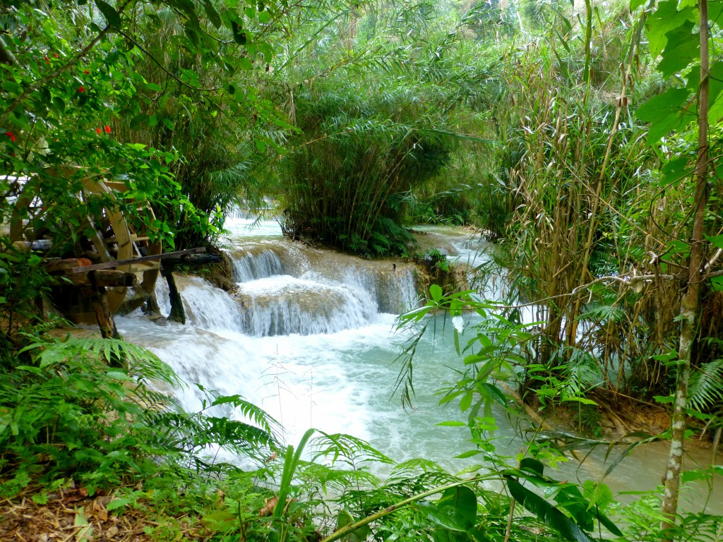 Kuang Si Waterfall -Safe and Healthy Travel