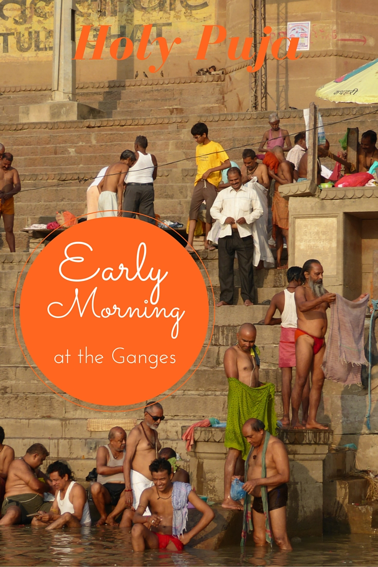The Impressive Rituals on an Early Morning at the Ganges