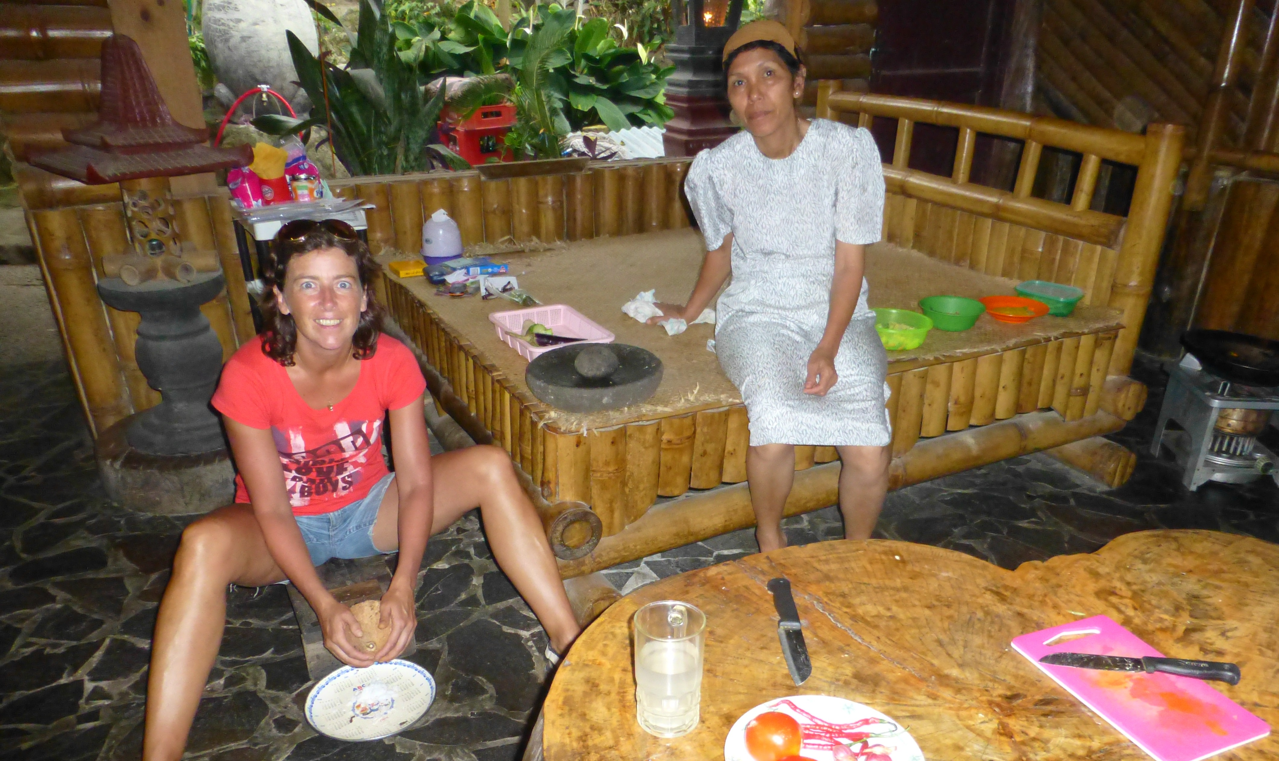 Old Fashion Coconut Cleaner - Juwita Cooking Class