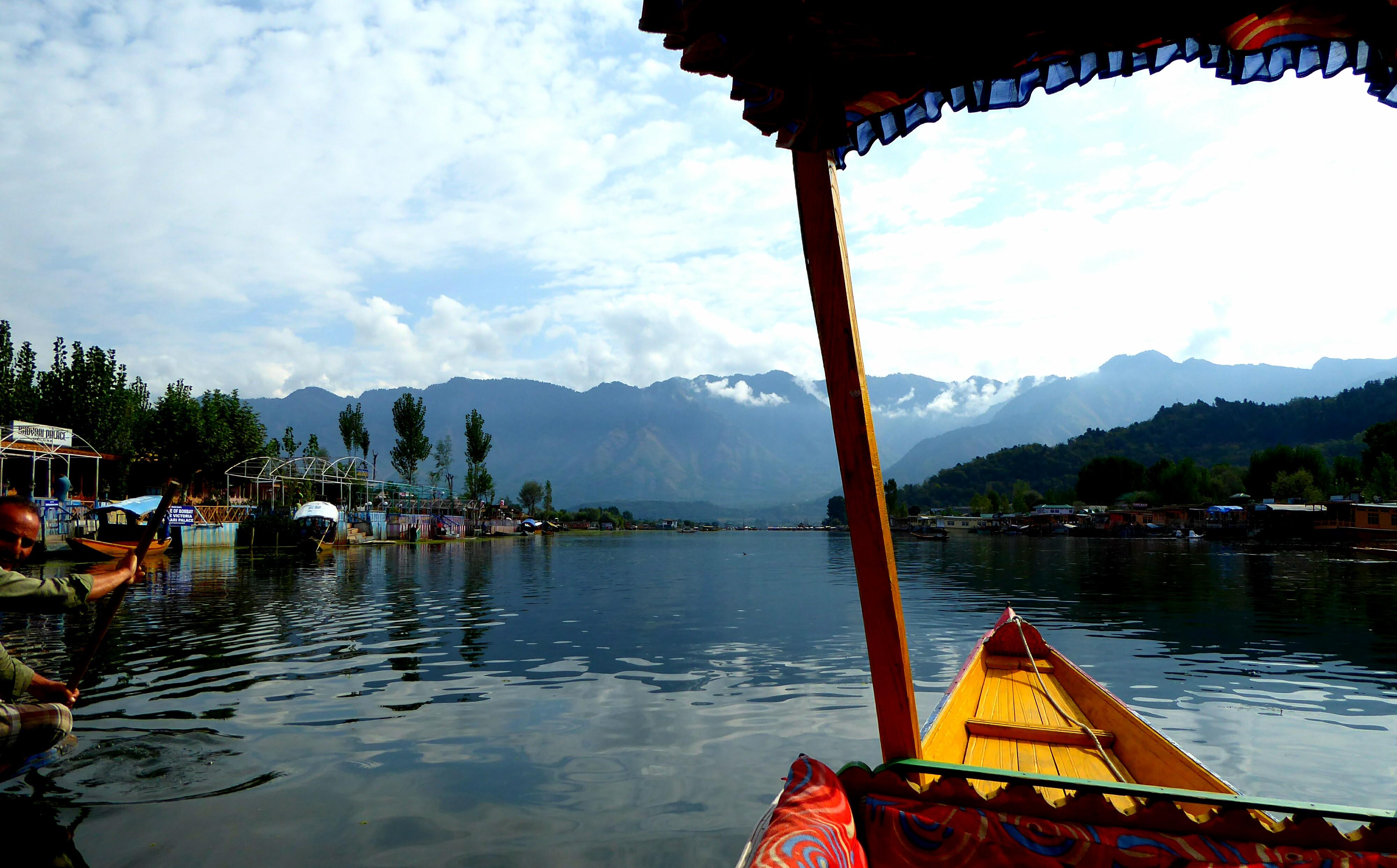 Shikara Dal Lake Srinagar