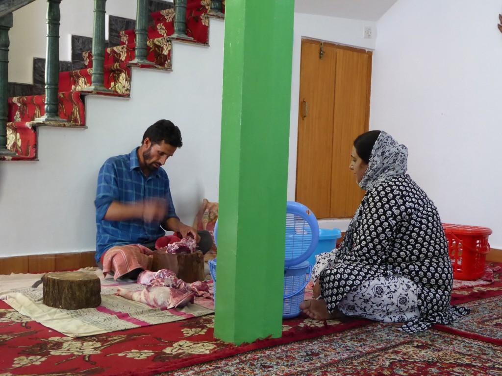Dividing the Meat, Muslim Feest Eid Ul Adha