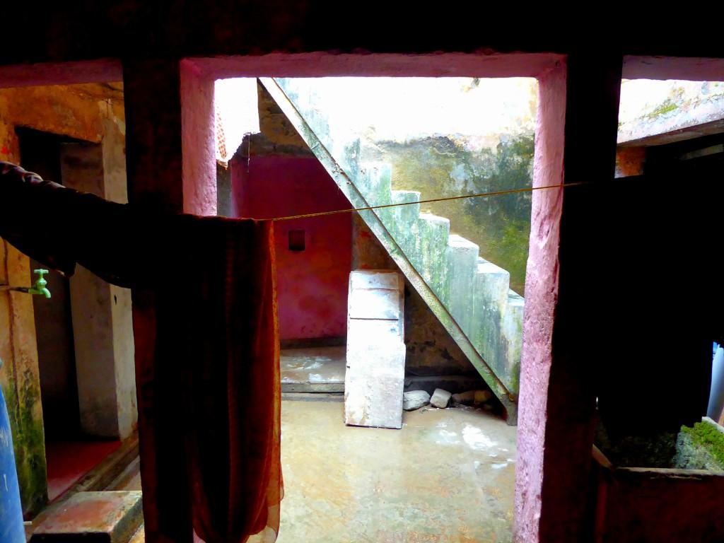De binnenplaats, lokale kookles - Varanasi