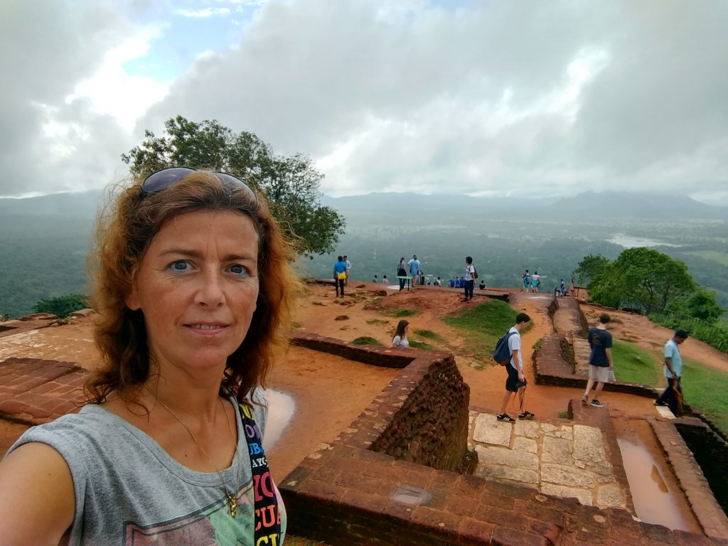 10 days in the lush green and clean Sri Lanka