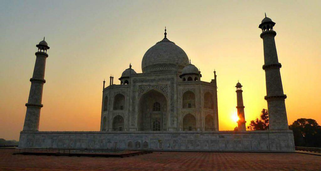 Zonsopgang bij Taj Mahal - Agra