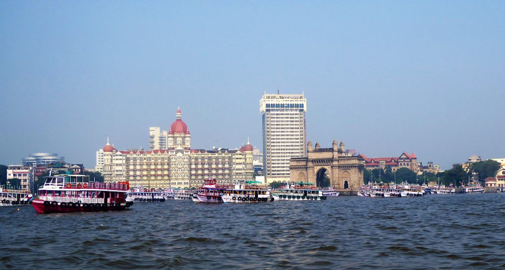 Gateway of India / Taj Mahal Palace Hotel - The Complete Travelguide for Mumbai - India