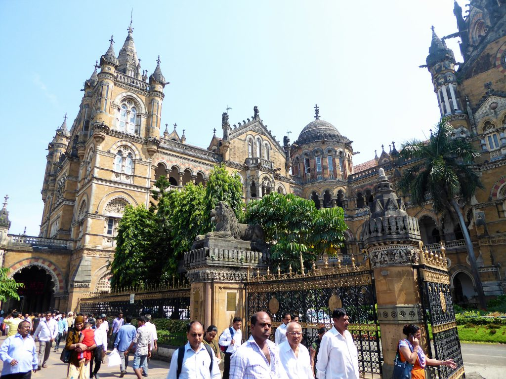 The Complete Travelguide for Mumbai - India