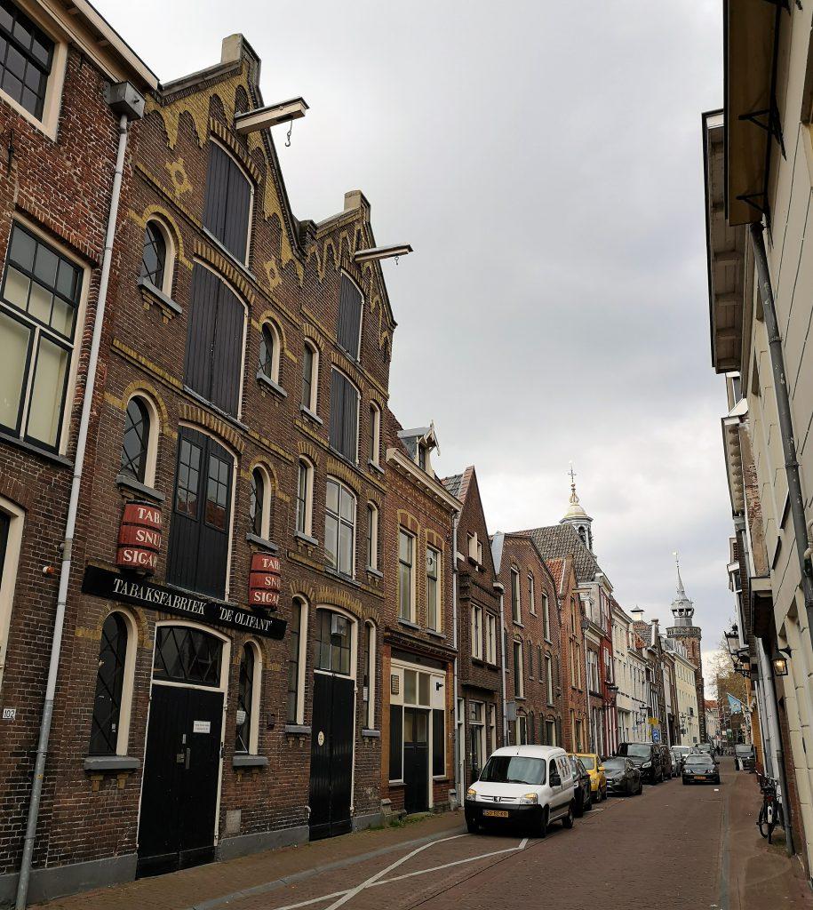 Tabaksfabriek De Olifant - Bezoek eens de Hanzestad Kampen